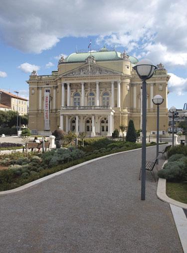 Kazalište Ivana pl. Zajca u Rijeci