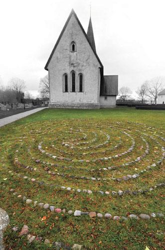 Labyrint_vid,_Frîjels_kyrka,_Gotland