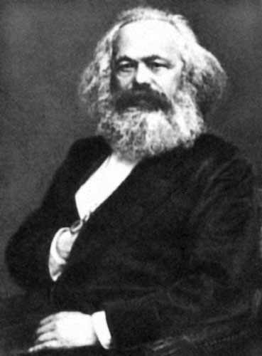 Fromm je, osim političkih suglasnosti, rješenje svojih dvojbi o masovnom ponašanju pronašao u ranim radovima Karla Marxa