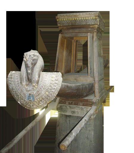 Moderna replika obredne barke koja se koristila u procesijama, a služila je za prenošenje kipa božanstva kojem je hram bio posvećen. Hram boga Horusa u Edfuu.