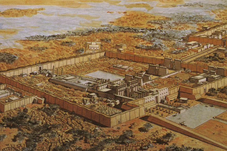Rekonstrukcija hramskog kompleksa u Karnaku u kojem se nalaze ostaci najvećeg hrama u Egiptu. Posvećen je bogu Amonu, vrhovnom egipatskom božanstvu kada Teba postaje glavnim gradom. Službeno se navodi da je građen za vrijeme Tutmozisa I., oko 1500. g. pr.Kr. i da se širio do vremena Ptolemejevića. Kao i većina egipatskih hramova, izgrađen je na mjestu ranijeg hrama. U njemu se nalazi golema hipostilna dvorana (dvorana stupova) duljine 102 i širine 53 metra, sa 134 velika stupa od kojih 12 čini središnju lađu. Oni podupiru strop na 23 metra iznad tla, a imaju kapitele opsega 15 metara u obliku otvorenih papirusa. Ostala 122 stupa čine dva pokrajnja krila, a kapiteli su im u obliku zatvorenih papirusa.