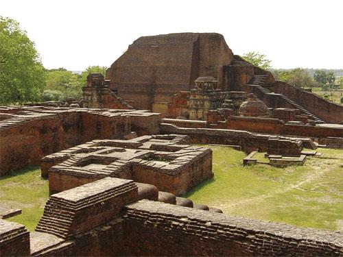 Ostaci sveučilišta u Nalandi, pokraj Patne, glavnog grada indijske države Bihar koja graniči s Nepalom.