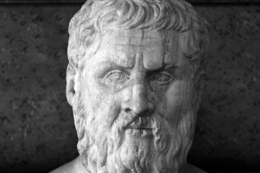 Platon 4