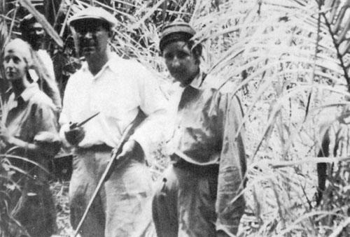 Frederick i Anna Mitchell-Hedges (zdesna) u džunglama Srednje Amerike krajem 1920-tih.