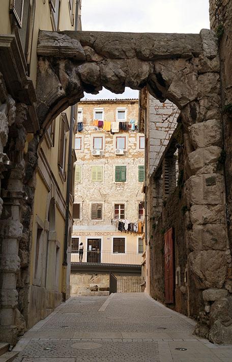 Riječki principij Rimska vrata