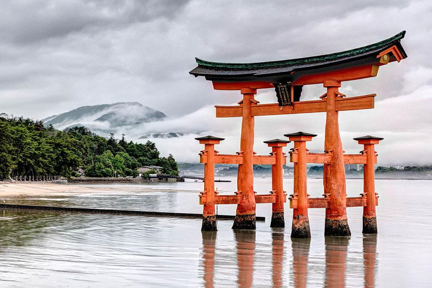 Torii na Itsukushimi