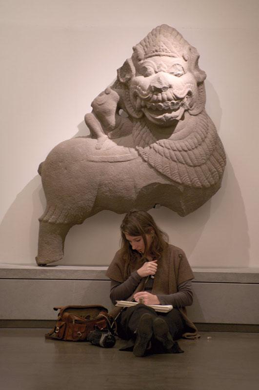 Žena i lav
