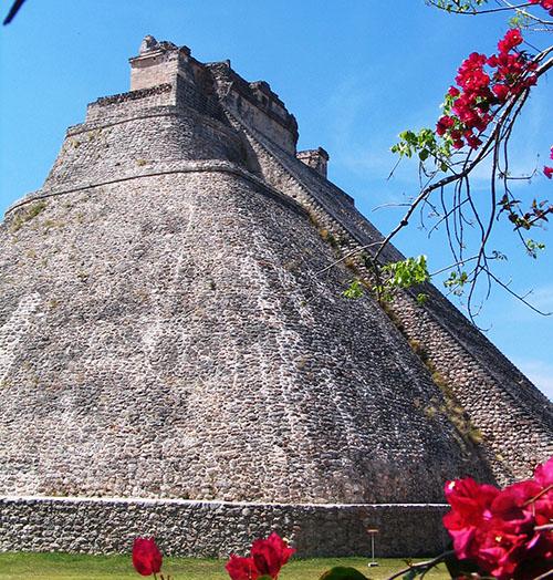 Piramida čarobnjaka u Uxmalu