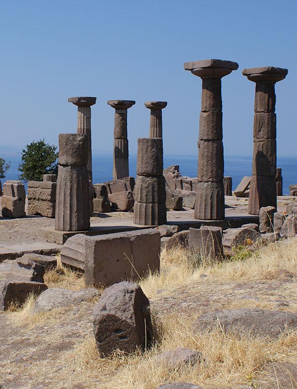 hram-atene-assos