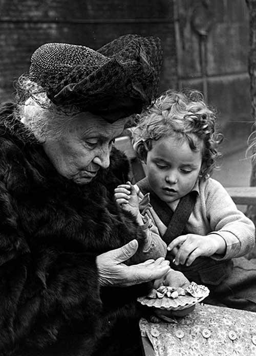 Maria Montessori i djevojčica