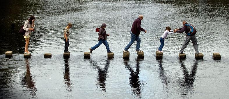 pomoc-u-prijelazu-preko-rijeke