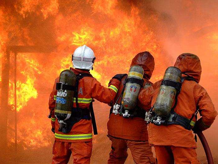 Vatrogasci - vježba gašenja