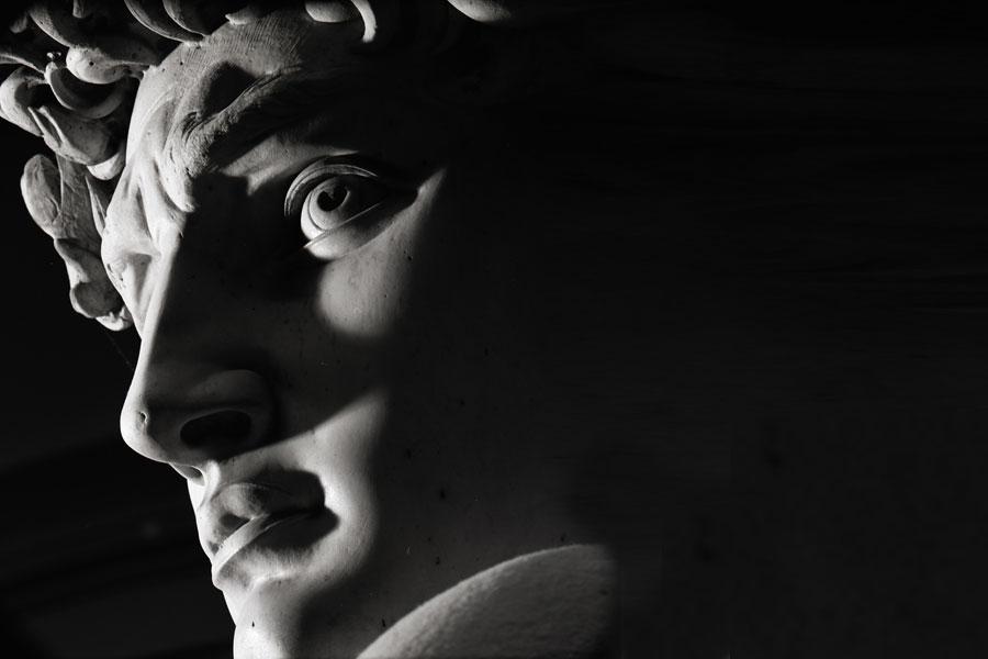 Michelangelo-Buonarroti---David