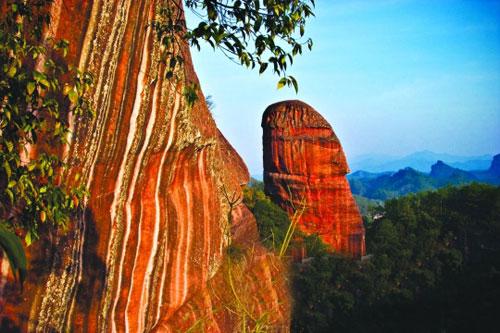 Danxia-danxiashan-geopark-mountians