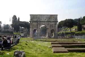 Konstantinov slavoluk, Rim