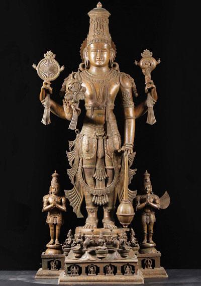 Kip Višnua s Garudom i Hanumanom.