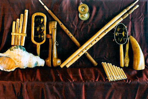 Rodenje-zapadne-glazbe-instrumenti