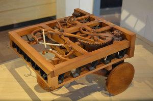Model samohodnog vozila izrađen prema Atlantskom kodeksu, list 812, Ambrozijanska knjižnica, Milano.