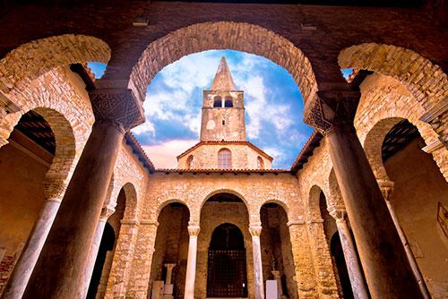 Tajna-Eufrazijeve-bazilike-bazilika