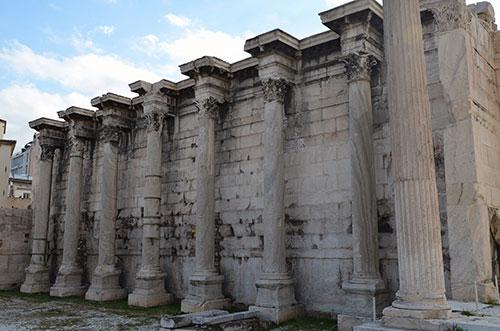 Hadrijanov-rim-hadrijanova-biblioteka-u-ateni