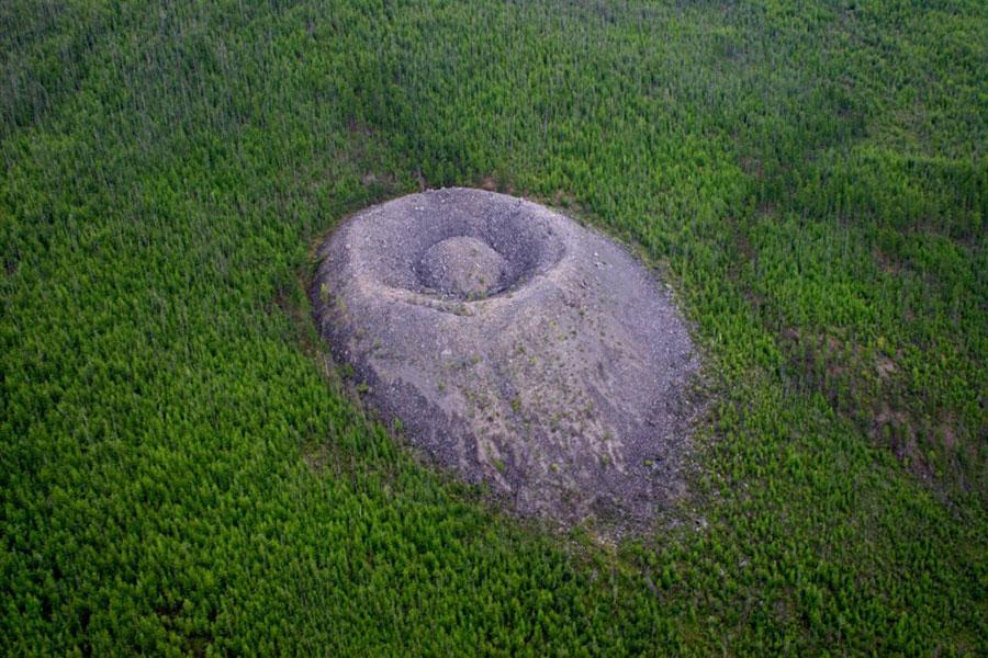 Patomski-krater-iz-zraka